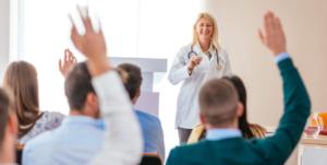 Qualificação do profissional da área da saúde